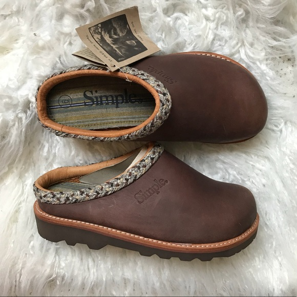 Simple Shoes   Simple Brown Clogs Size